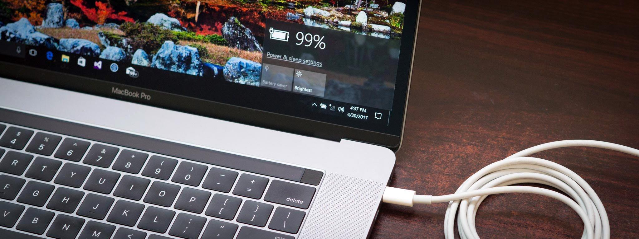 Có nên cắm sạc liên tục khi sử dụng laptop